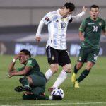 Con los goles récord de Messi, Argentina hunde a Bolivia